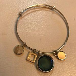Jewelry - Gold Bracelet with jewel